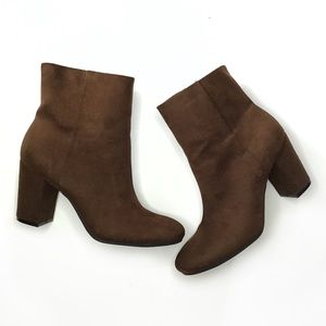NEW Christian Siriano brown suede block heel boots
